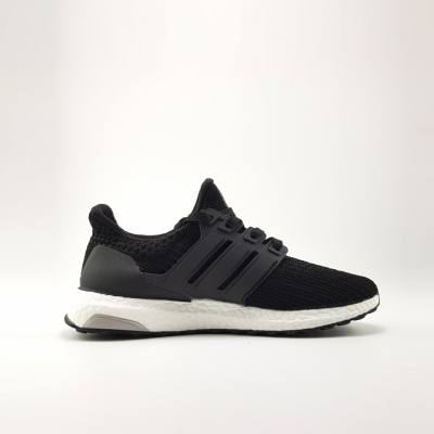 Giày Sneaker Adidas Ultra Boost 4.0 Black&White.